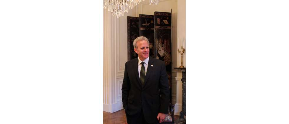 Israeli ambassador to the US Michael Oren ( Facebook )