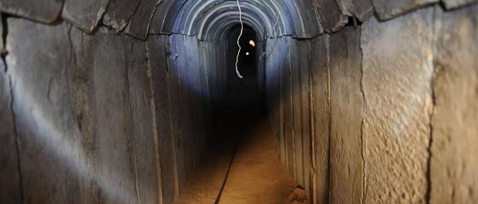Vue d'un tunnel creusé en territoire israélien depuis la bande de Gaza, le 13 octobre 2013  ( David Buimovitch (AFP) )