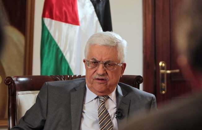 Palestinian leader Mahmud Abbas speaks during an exclusive interview with AFP at the Muqata, the Palestinian Authority headquarters, on November 17, 2013 in the West Bank city of Ramallah (Abbas Momani (AFP))
